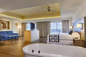 Suites with ocean view in Hotel Riu Palace Baja California